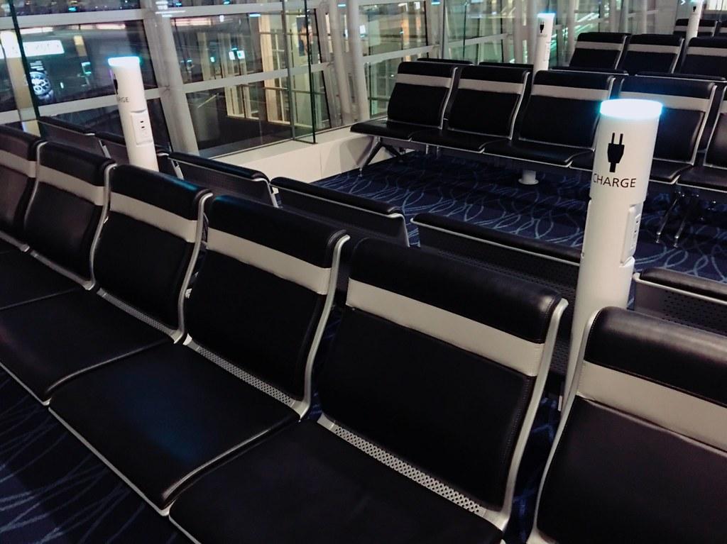 威航首航|羽田機場