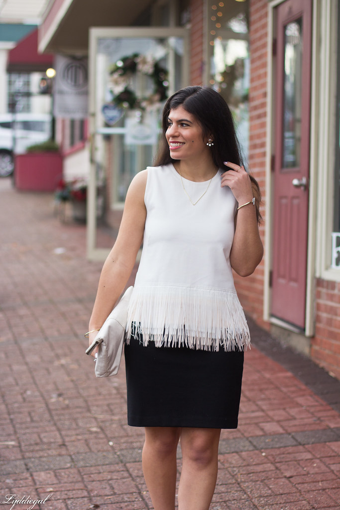 white fringe hem top, black skirt, silver pumps-6.jpg