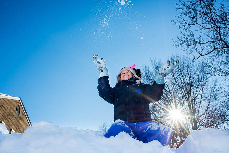 E throwing Snow 24-366