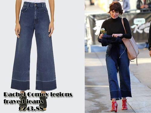 Fray hem wide leg jeans Trend