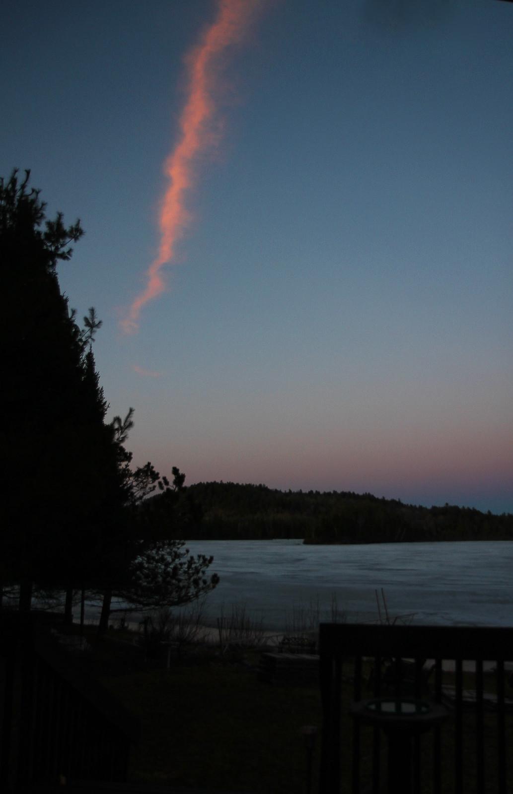 bonus pink cloudy streak