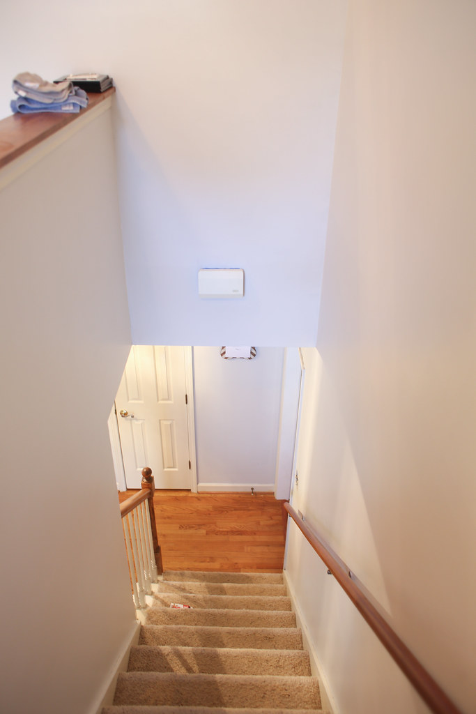 Using Gliddens Seagull Gray to brighten up our upstairs and downstairs hall ways.