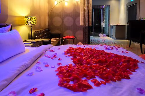 大推薦!媜13客製化佈置讓我度過一個浪漫情人節?_房型307 (14)