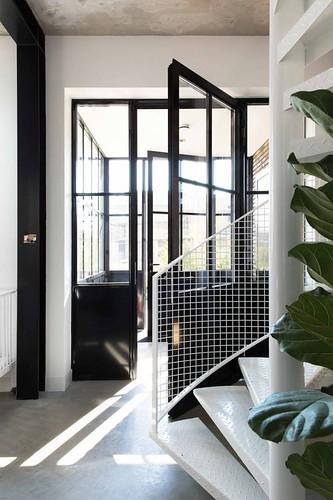 07-escalera-caracol-estilo-industrial