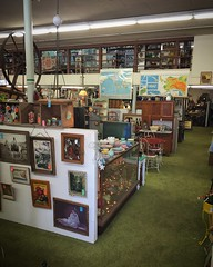 3rd Street Antiques in Puyallup Wa
