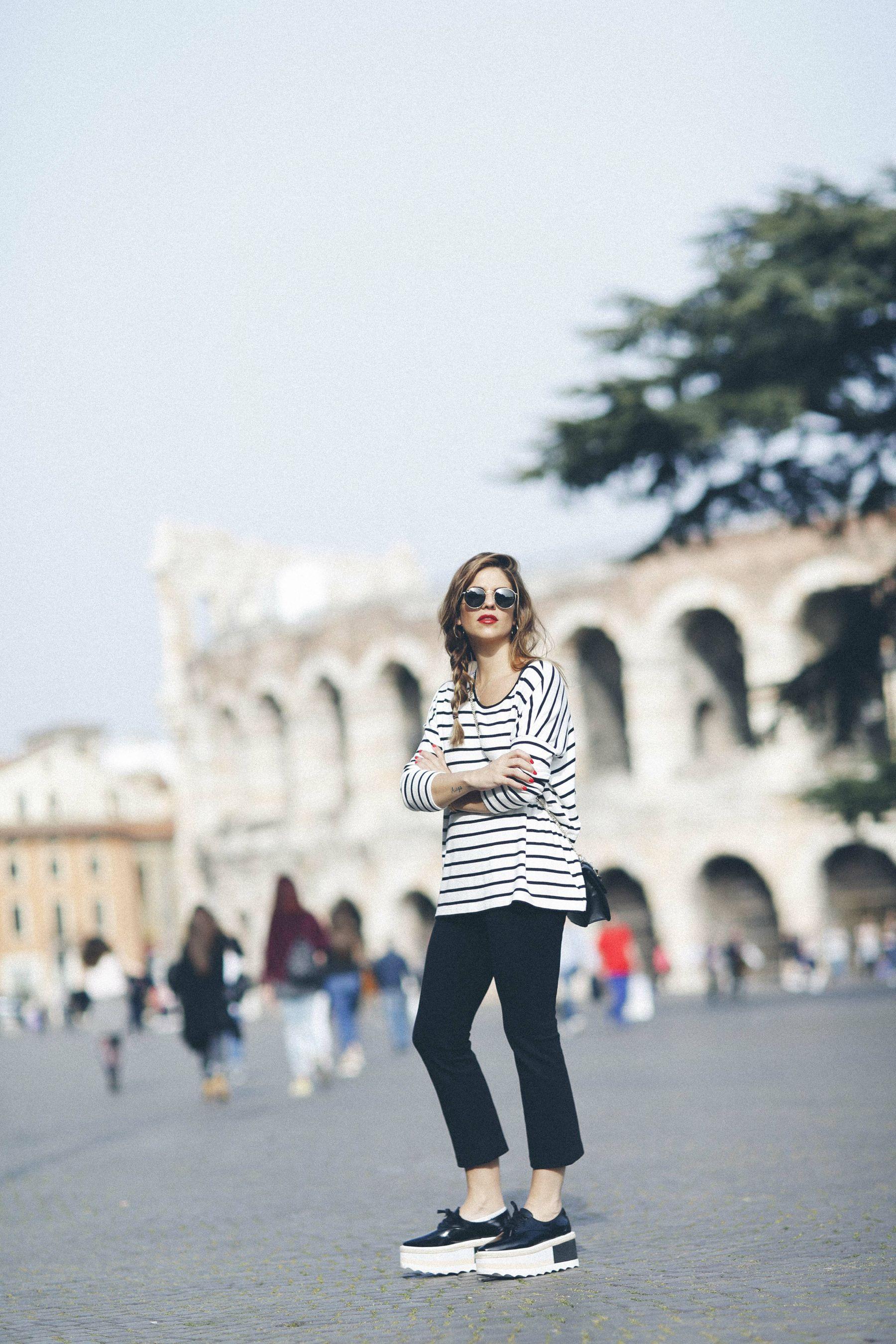 outfit look primavera spring rayas stripes zara mango valentino bolso bag blazer rayban verona street style trendy taste