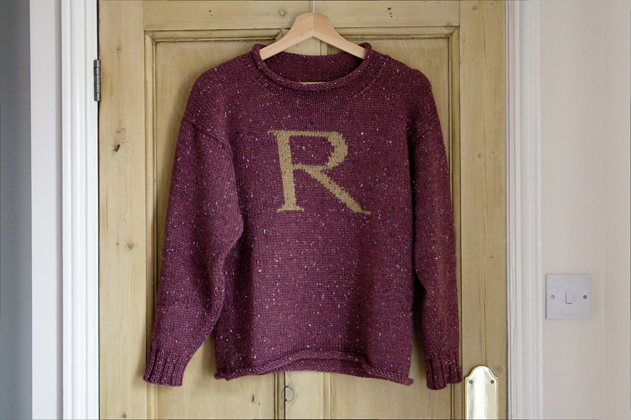 Knitting Pattern For Weasley Sweater : Finished: a Weasley Jumper Renee And The Cats Meow