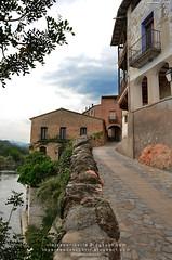 Entrada de Miravet (Tarragona, Cataluña)