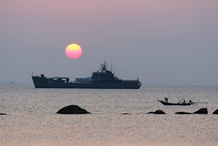 IMG_0851/Thailand/Koh Phangan Island/ Thai Navy Boat and sun set time