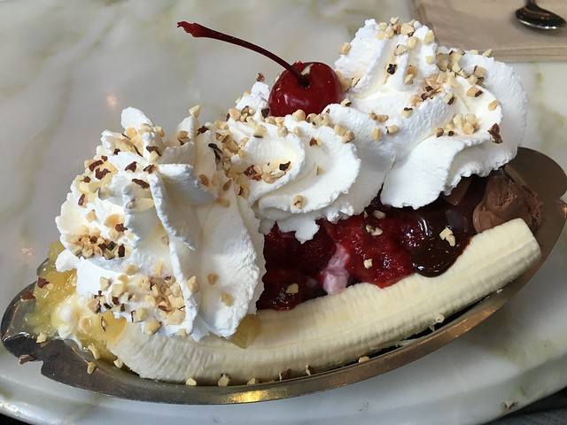 Golden Gate banana split - Ghirardelli