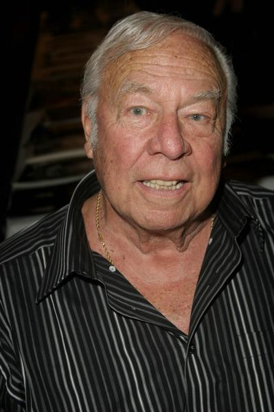 George Kennedy - Photo 5