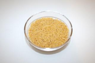 01 - Zutat Kritharaki / Ingredient kritharaki