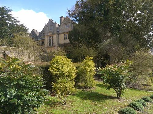 Edgeworth Manor