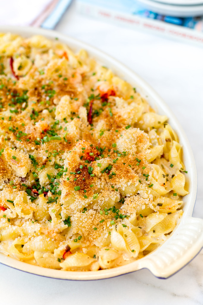 Lobster Mac and Cheese, baked #sponsored