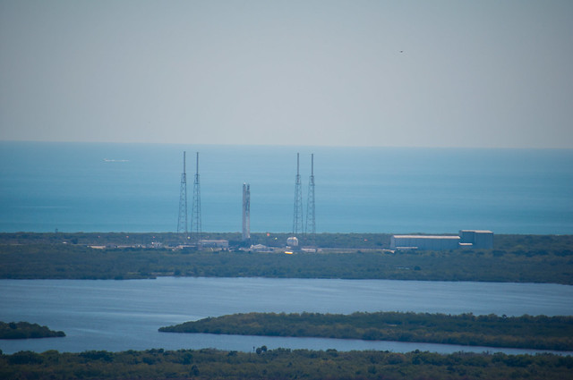 SpaceX Falcon9 at Launch Complex 40 - from roof of VAB