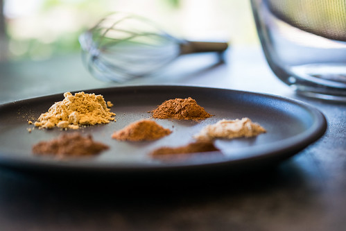 six aromatic spices to make the chai blend