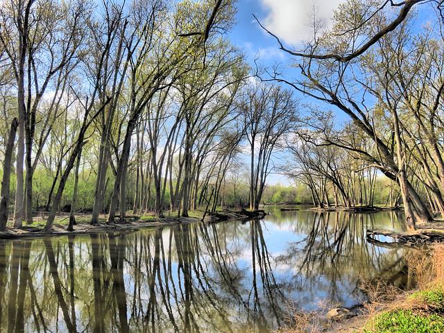 Fox River slough HDR 20160421