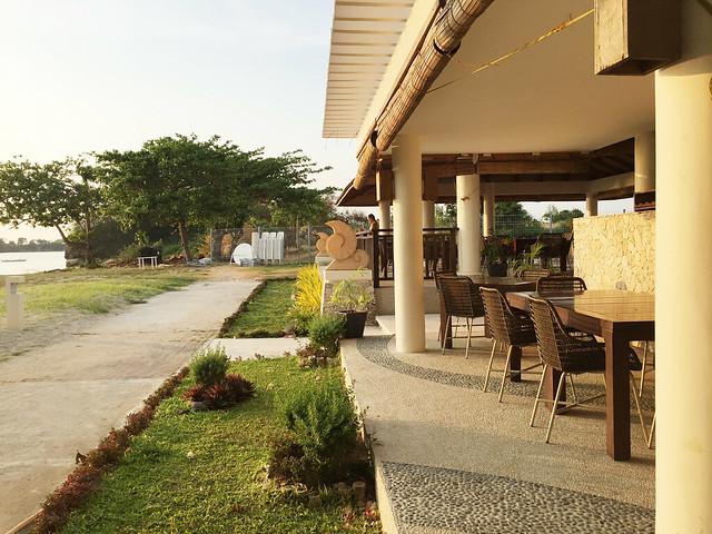 Patty Villegas - The Lifestyle Wanderer - Aquaria Water Park - Calatagan, Batangas -22