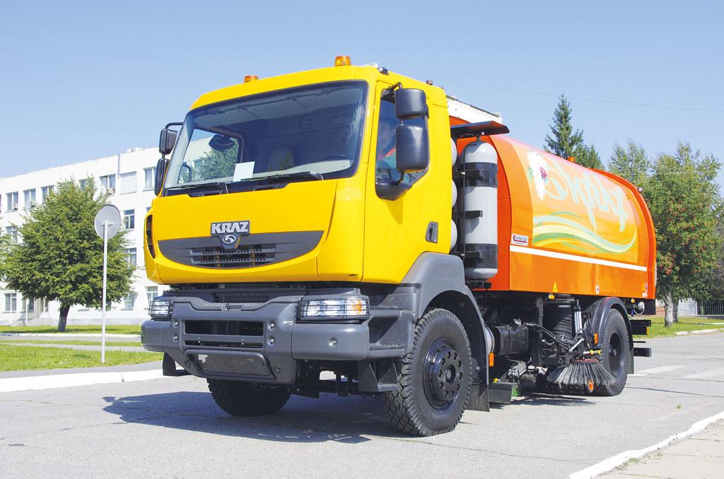 Вакуумный подметально-уборочный автомобиль КрАЗ-5401К2