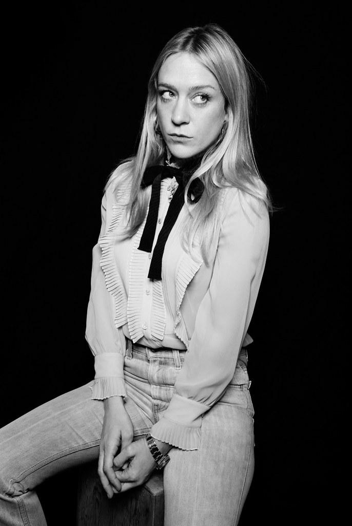 Хлоя Севиньи — Фотосессия для «Любовь и дружба» на «Sundance» 2016 – 9