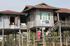 20150211_4075-Lake-Inle-stilt-house_resize