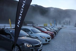 Opel Insignia OPC beim Wintertraining