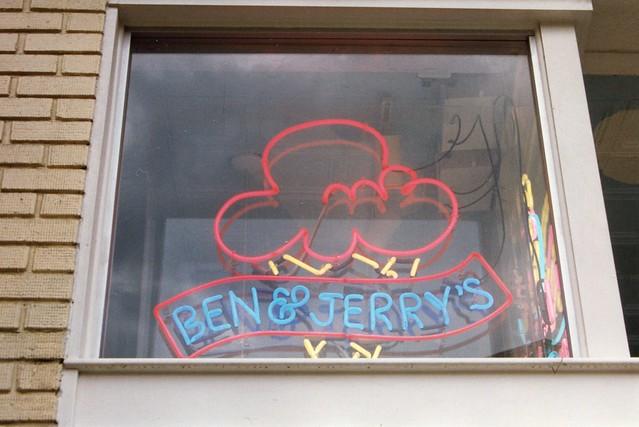 Ben&Jerrys1.Georgetown.WDC.31May1995