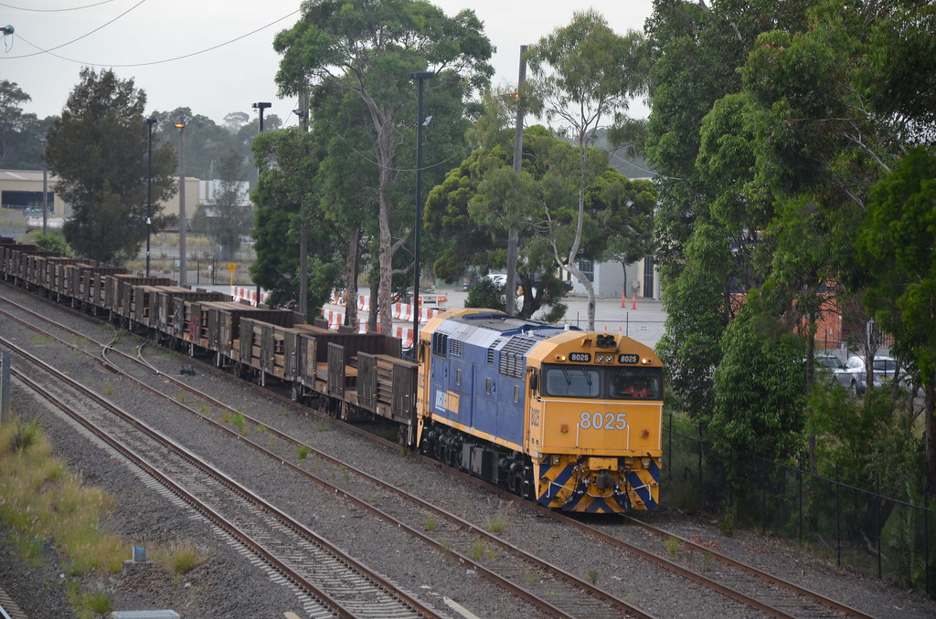 8025 shunts steel wagons around at the steel yard for unloading by NR1984