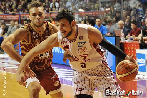 Reyer / Milano: Alessandro Gentile vs Stefano Tonut