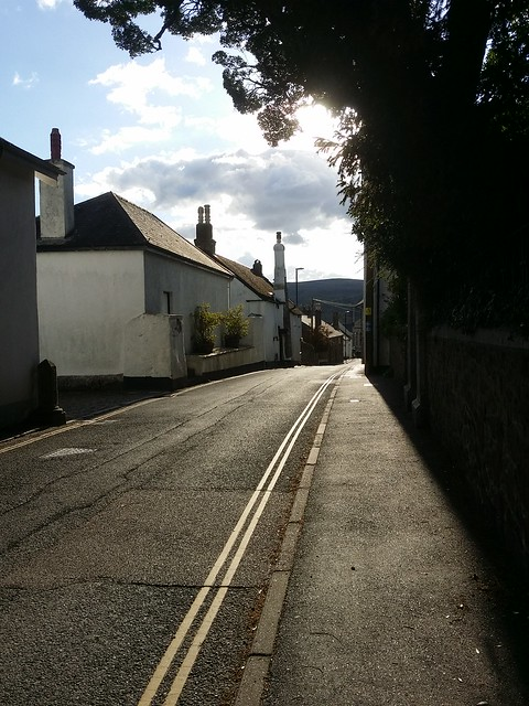 Hobbling down the streets of Bovey Tracey to the car