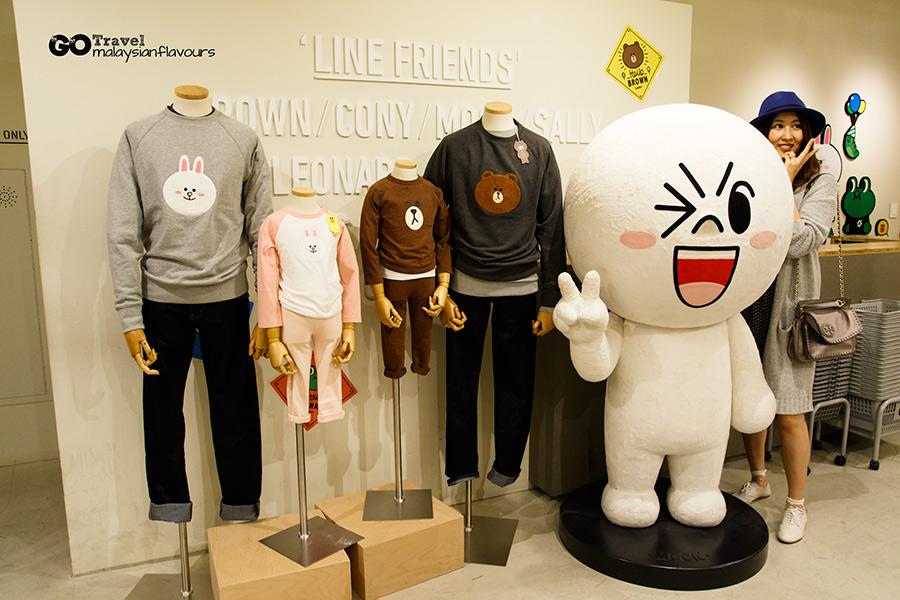 line-friends-store-cafe-garosugil-sinsa-south-korea