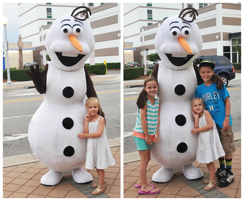 Olaf and kids at Virginia Beach