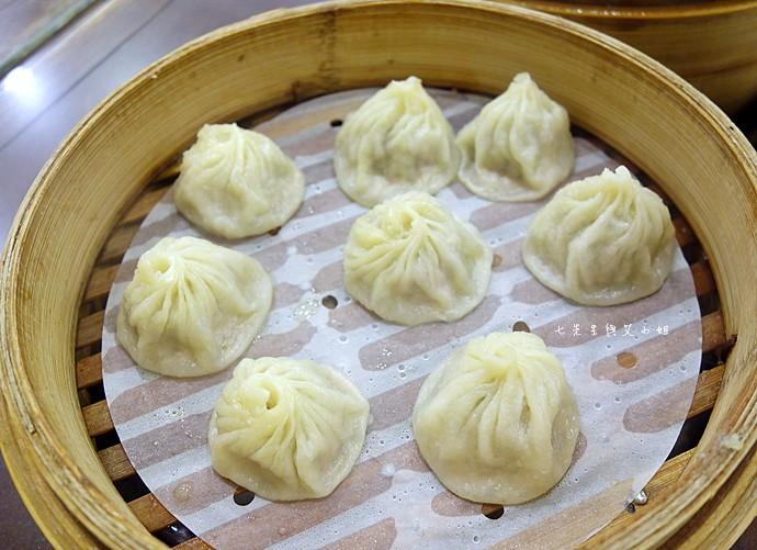 16 杭州小籠湯包