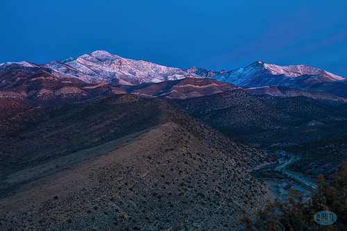 morning sunrise lasvegas predawn firstlight springmountains lovellcanyon