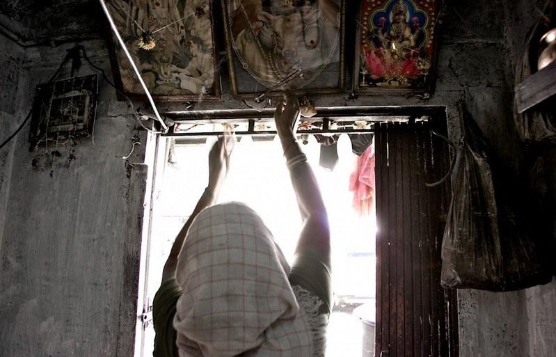 世界最大紅燈區—性暴力國度 孟買—傷痕累累的性工作者7