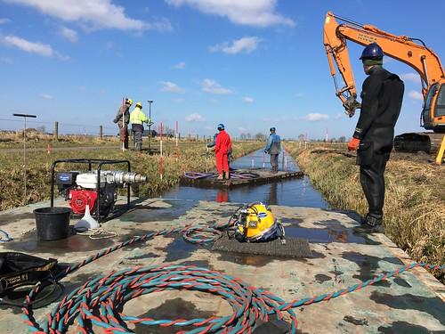 duik assistentie bij gasleiding