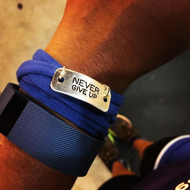 Never give up is today's #mondaymotivation. I wear it on my wrist so when times get tough I can always look down for a little reminder. Things will get hard and you will want to quit, but she it through to the end and you just might be surprised at the fi