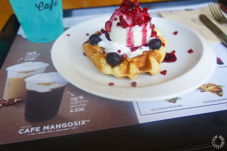 mangosixwafflefrozenyoghurt1