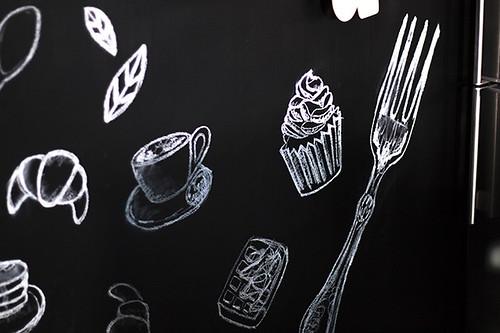 07-diy-decoracion-cocina-pared-pizarra