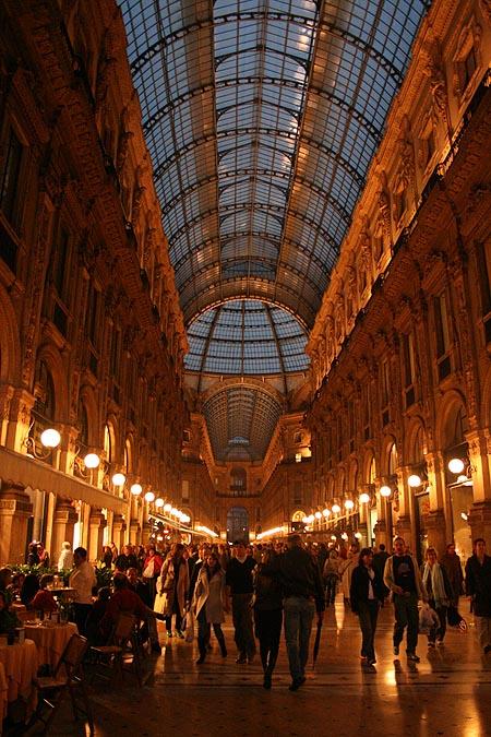Galleria Vittorio Emanuele II. © Paco Bellido, 2006
