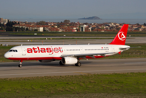 AtlasJet_A321_TC-ATO__IST_20130405_IMG_7015_Colormailer_Flickr
