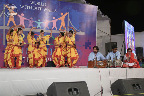 Welcome song by Aaradhna and Saathi from Sultanpuri