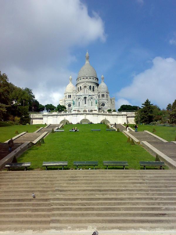 Square Louise Michel, Paris, França