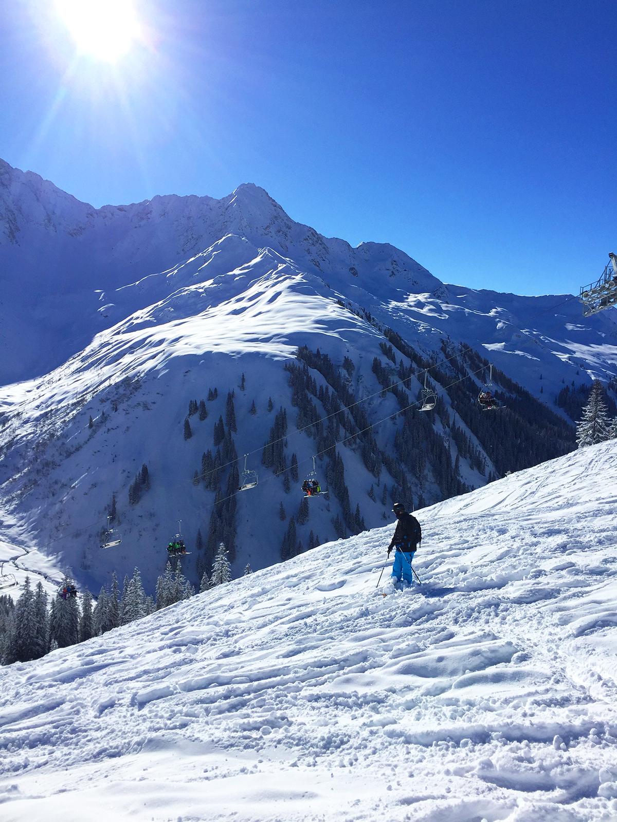 skiing-powder-sonnenkopf-austria
