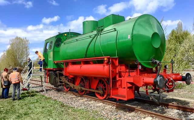 The Fireless - Water Steam Locomotive