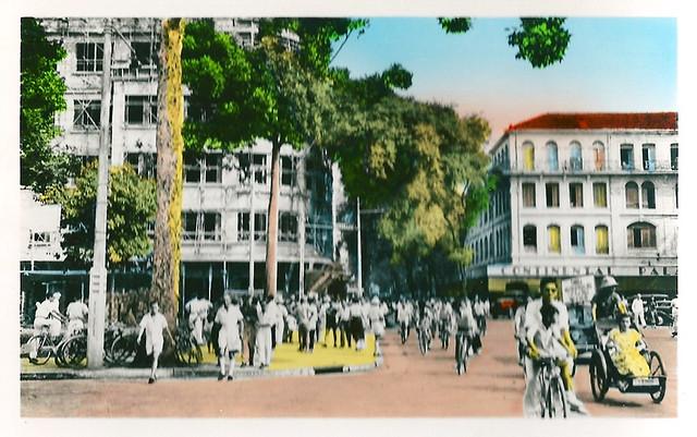SAIGON 1950s - Rue Catinat