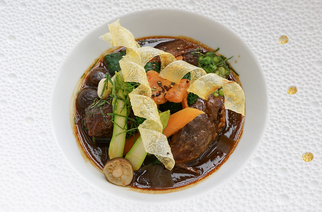 La joue de bœuf Wagyu Braised Wagyu beef cheek with red miso and medley of seasonal vegetable