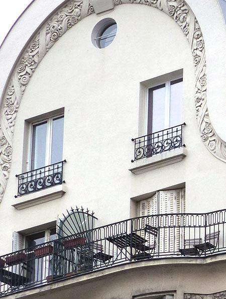 chaises sur terrasse