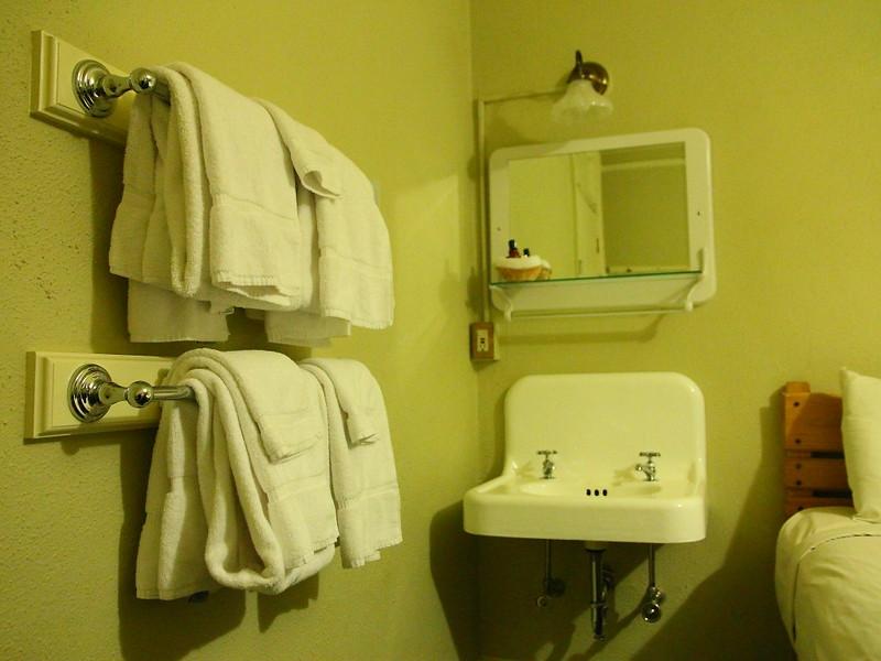 IMG_8052 Mammoth Hot Springs Hotel
