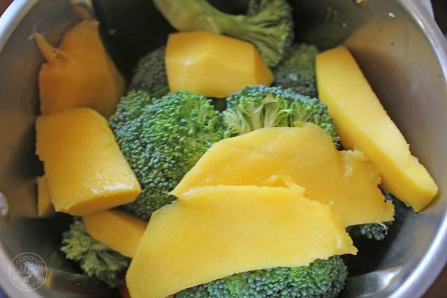 Ensalada de brócoli, zanahoria www.cocinandoentreolivos.com (9)